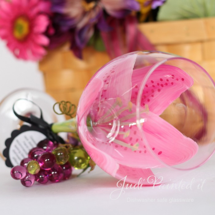 Magenta Stargazer Wine Glass