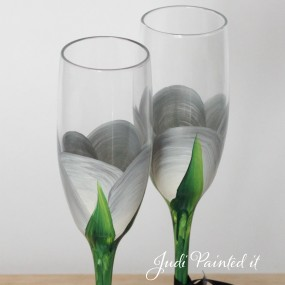 Silver rose bud champagne flute