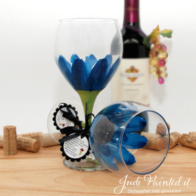 hand painted wine glass cerulean blue daisy