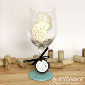 Snail shell wine glass