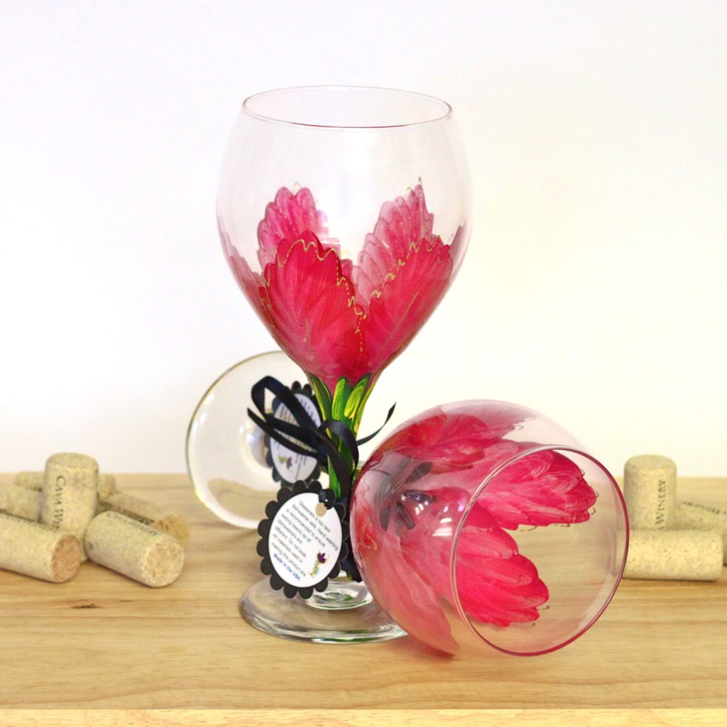 Red poinsettia wine glass for Good paint for glass